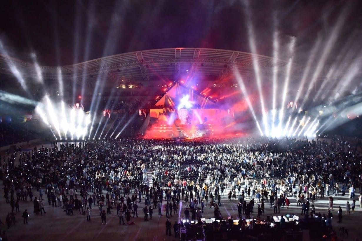 תאורת מופע מרשימה באצטדיון סמי עופר