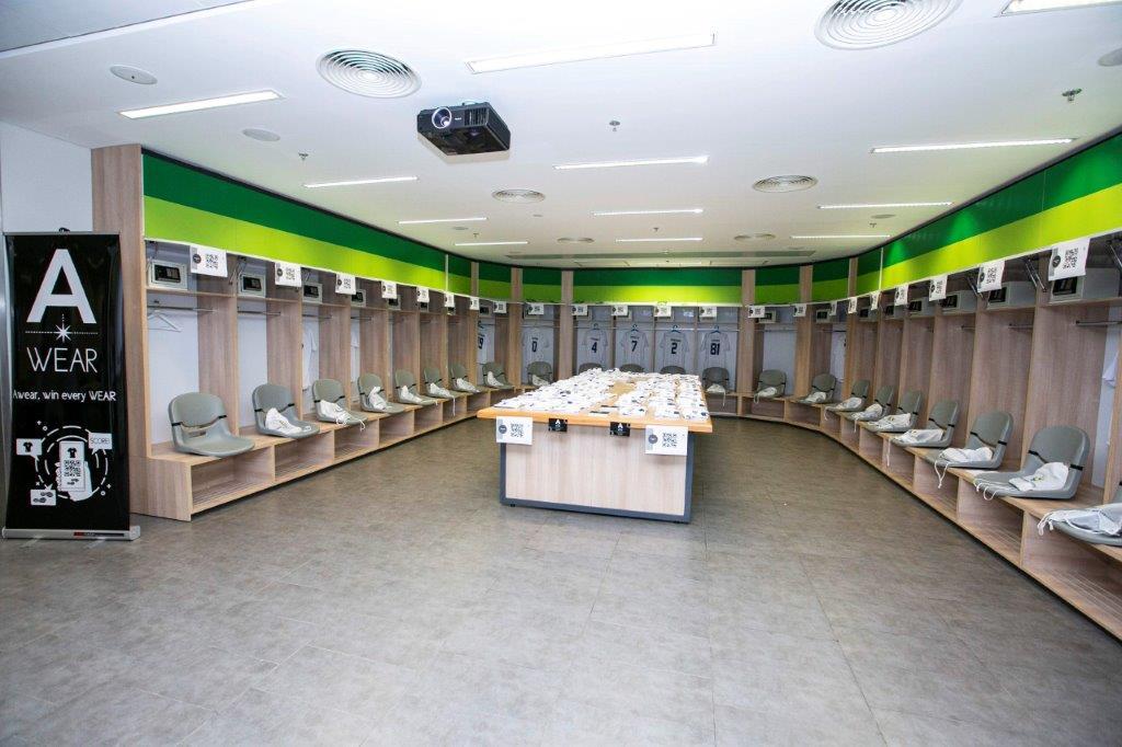 חדר הלבשה באצטדיון סמי עופר